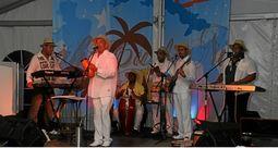 Luis Santana y grupo